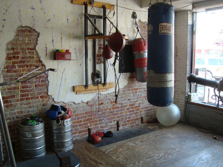 Garage boxing gym related keywords & suggestions garage boxing gym