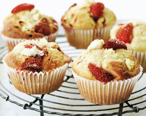 Strawberry Ricotta Cupcakes