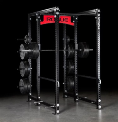 The Rogue RM-6 power rack holds up to 1000 pounds.
