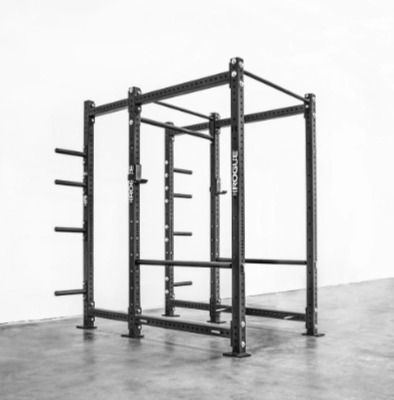 The Rogue RML-690 power rack offers plate storage.