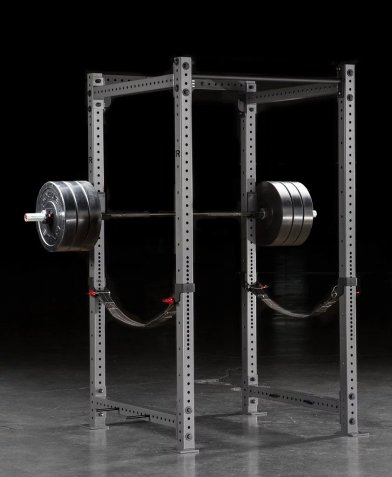 The Rogue RML-490C can use straps for squat safety.